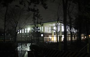 新しいカフェテリア_夜
